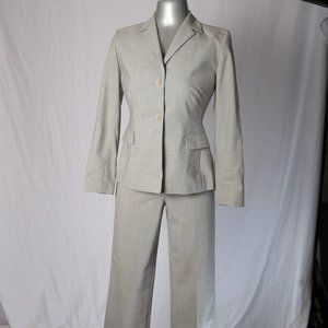 Ann Taylor LOFT Light Grey Jacket & Pant Suit 2P
